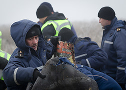 Recovery wreckage flight MH17 wednesday November 19.<br />Source: Ministry of Defence